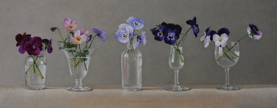 Glaasjes, flesjes en viooltjes